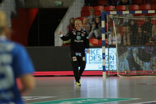 Larvik HK avgjorde før pause mot Randers