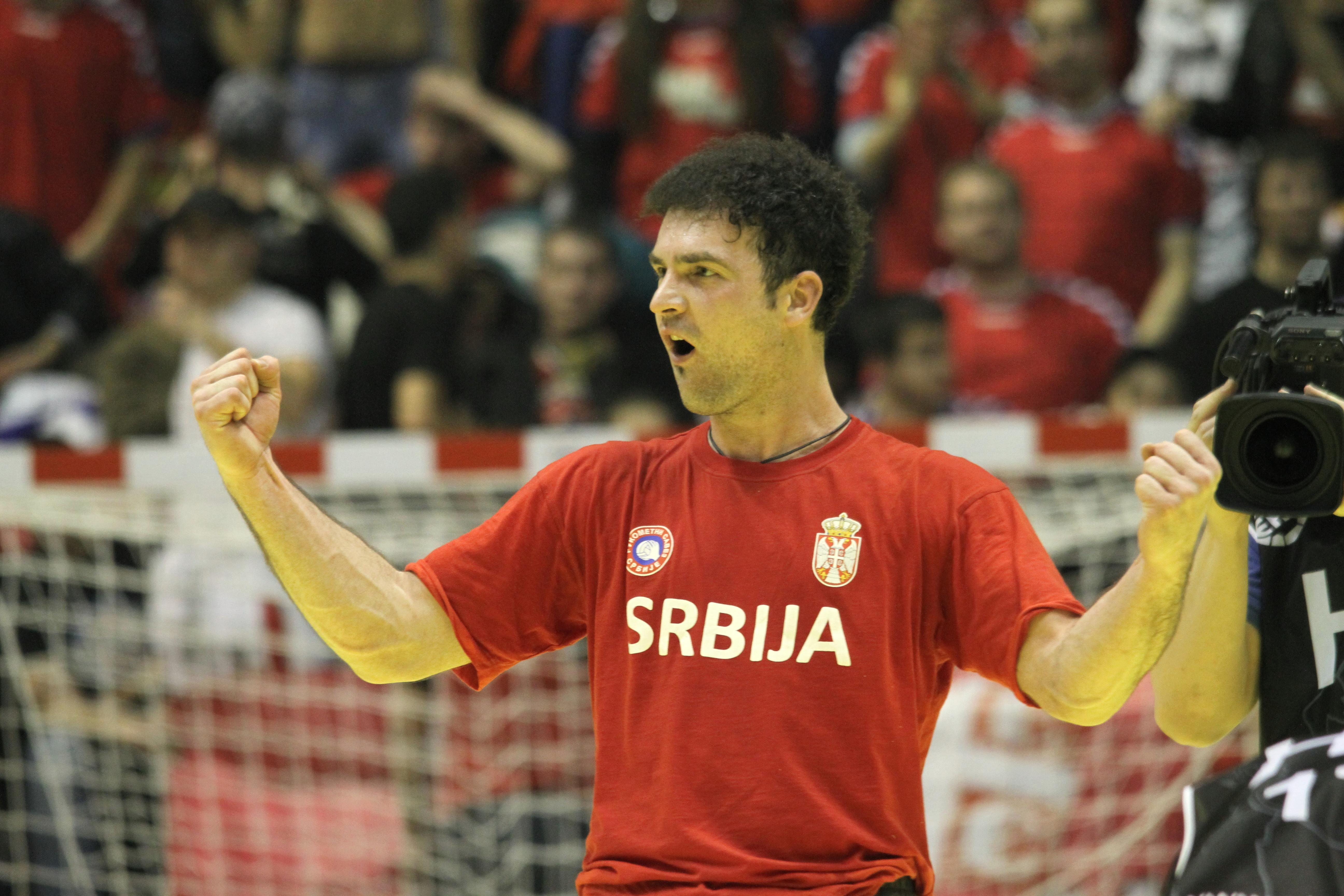 Serbia vant både på banen og tribunen!