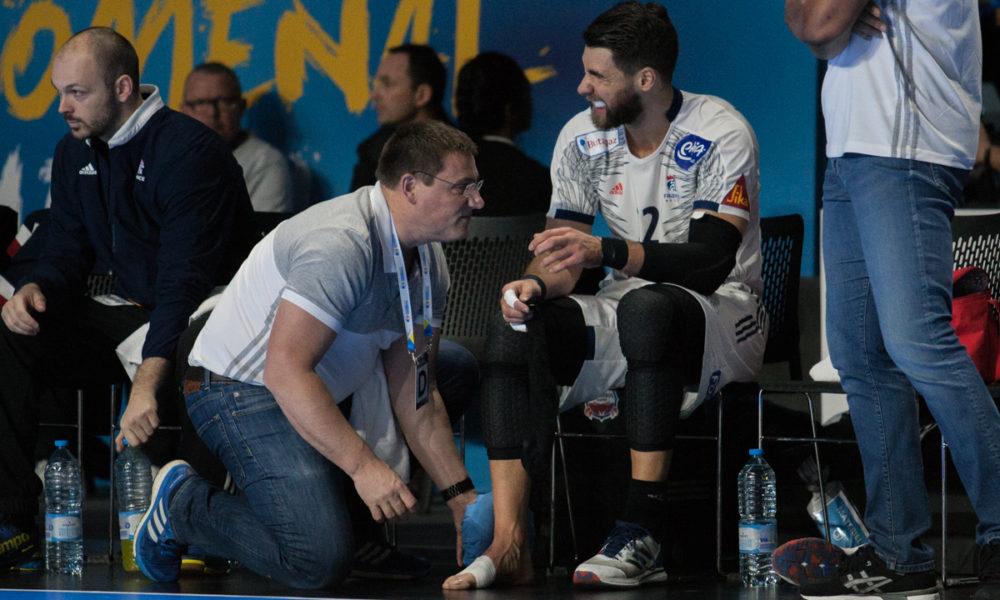 Luka Karabatic pådro seg en alvorlig skade i kampen mot Japan og må forlate VM. | Foto: Bjørn Kenneth Muggerud