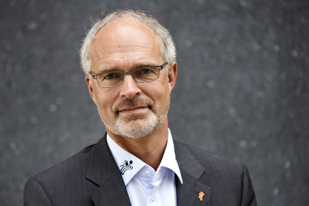 Henrik M Jacobsen