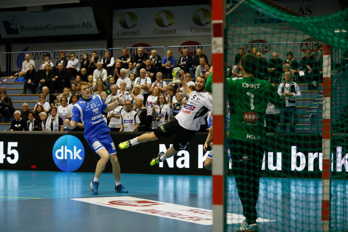 GOD: Petter Øvreby scoret fem mål i onsdagens kamp. Foto: Yngvar Brekke
