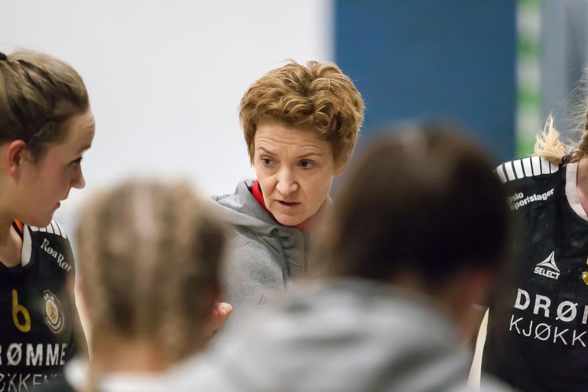 Vigdis Holmeset, trener, Aker Topphåndball | Foto: Bjørn kenneth Muggerud