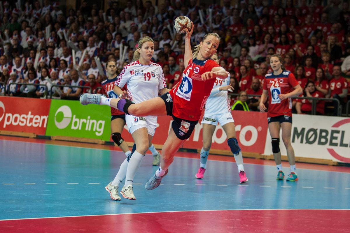 Heidi Løke satte seks mål i kvalifiseringskampen mot Kroatia og passerte dermed 700 mål for landslaget.