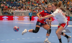 Amanda Kurtovic i kampen mot Danmark under Møbelringen Cup 2018. | Foto: Bjørn kenneth Muggerud